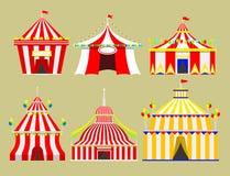 Het circus toont de markttent van de vermaaktent openluchtfestival met strepen en markeert geïsoleerde Carnaval-tekens vector illustratie