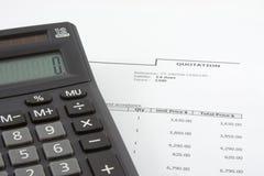 Het citaat en de calculator van de verkoop Royalty-vrije Stock Foto