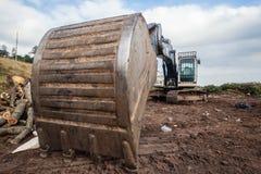 Het Close-up van Bin Bucket Machine van het aardegraafwerktuig Stock Foto's