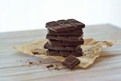 Het close-up van chocoladekoekjes op een lijst, rustieke stijl Stock Fotografie