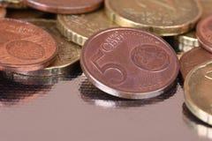 Het close-up van eurocentmuntstukken