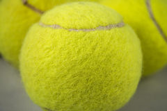 Het Close-up van tennisballen Stock Afbeeldingen