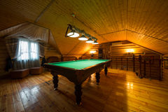 Het comfortabele binnenland van een buitenhuis Royalty-vrije Stock Afbeeldingen