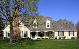 Het comfortabele Huis van het Land royalty-vrije stock afbeelding