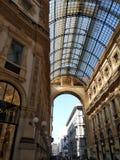 Het commerciële gebied van Duomomilaan stock foto's