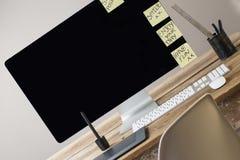 Het computerscherm en toetsenbord en muis Royalty-vrije Stock Afbeeldingen