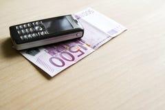 Het concept van Bussiness - mobiel geld Royalty-vrije Stock Afbeeldingen