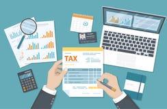 Het concept van de belastingsbetaling De Overheidsbelastingheffing van de staat, berekening van belastingaangifte De mens vult de royalty-vrije illustratie