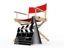 Het Concept van de bioskoopindustrie Rode Directeur Chair, Filmklep en M Royalty-vrije Stock Fotografie
