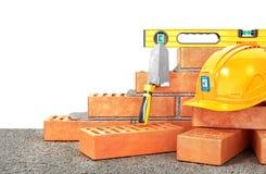 Het concept van de bouw Een deel van bakstenen muur in bouwproces Royalty-vrije Stock Fotografie