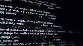Het concept van de Cyberaanval Computerprogrammacode die in een virtuele ruimte lopen 4K stock videobeelden