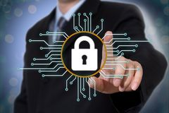 Het concept van de Cyberveiligheid op het virtuele scherm royalty-vrije stock foto