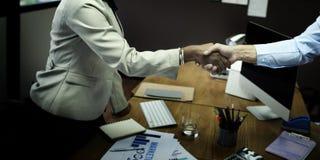 Het Concept van de de Groetovereenkomst van de bedrijfsmensenhanddruk Stock Fotografie