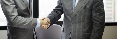 Het Concept van de de Groetovereenkomst van de bedrijfsmensenhanddruk Stock Foto