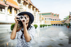 Het Concept van de de Hobbyrecreatie van fotograaftravel sightseeing wander Stock Fotografie
