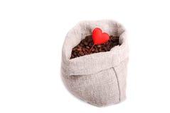 Het concept van de liefde met koffiebonen Royalty-vrije Stock Foto's