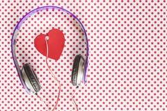 Het concept van de liefdemuziek stock afbeeldingen