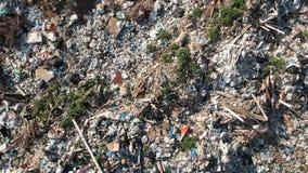 Het concept van de verontreiniging Huisvuilstapel in afvalstortplaats of stortplaats ecologische crisisfoto Ecologisch probleem I stock video