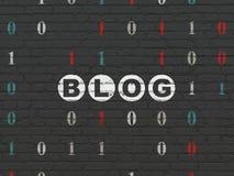 Het concept van de Webontwikkeling: Blog op muurachtergrond Stock Foto's