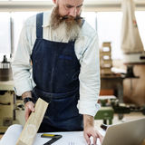 Het Concept van Handicraft Wooden Workshop van de timmermansvakman royalty-vrije stock afbeeldingen