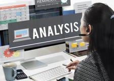 Het Concept van het de Informatieinzicht van de analysedatacommunicatie royalty-vrije stock afbeeldingen