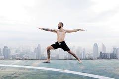 Het Concept van het de Yogadak van de mensenpraktijk Stock Afbeeldingen