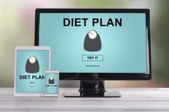 Het concept van het dieetplan op verschillende apparaten royalty-vrije stock fotografie