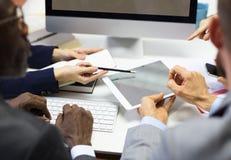 Het Concept van het Groepswerkideeën van de bedrijfscollega'sconferentie royalty-vrije stock foto