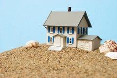 Het Concept van het strandhuis royalty-vrije stock foto's