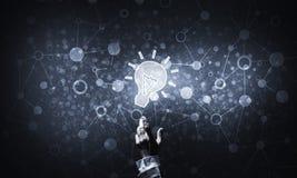 Het concept van het technologieidee met gloeiend bolpictogram en wat betreft het F Stock Afbeelding