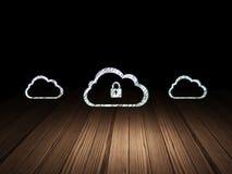Het concept van het wolkenvoorzien van een netwerk: wolk met hangslotpictogram Stock Afbeelding