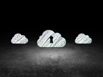 Het concept van het wolkenvoorzien van een netwerk: wolkenpictogram in grunge Stock Afbeelding