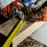 Het Concept van Lumber Timber Woodwork van de timmermansvakman Stock Foto's