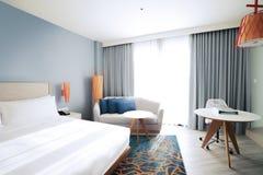 Het concept van het slaapkamerbinnenland Moderne slaapkamerstijl thuis stock fotografie