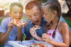 Het concept van het voedsel en van de drank Het concept van de familie stock foto