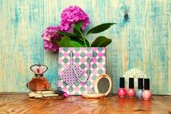 Het concept voor meisjes maakt omhoog abstracte houten achtergrond Stock Foto