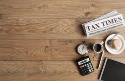 Het conceptenspot van de belastingstijd omhoog royalty-vrije stock foto's