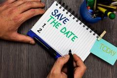 Het conceptuele hand het schrijven tonen bewaart de Datum Bedrijfsfoto die Gesystematiseerde gebeurtenissen Geplande die activite royalty-vrije stock foto's