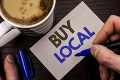 Het conceptuele hand het schrijven tonen koopt Lokaal Bedrijfsfototekst het Kopen de Aankoop winkelt plaatselijk de Detailhandela stock afbeeldingen