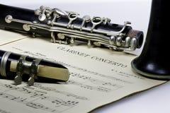 Het concerto Mozart van de klarinet met Klarinet Bes stock fotografie