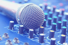 In het controlekamer audiosysteem Fotofilters en uitstekende Styl Royalty-vrije Stock Foto's