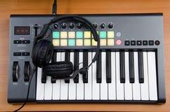 Het controlemechanisme van DJ royalty-vrije stock afbeelding