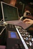 Het Controlemechanisme van Midi - DJ 8 Stock Foto