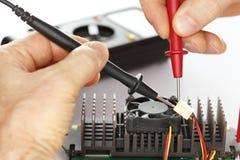 Het controleren elektrocomponent Stock Foto's