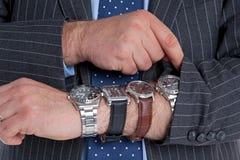 Het controleren van de tijd. Royalty-vrije Stock Foto's