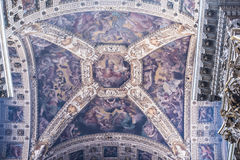 Het Corpus Christi van de plafondkerk in Bologna Stock Foto