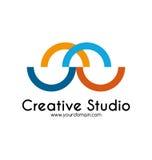 Het creatieve malplaatje van het studioembleem Stock Afbeeldingen