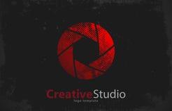 Het creatieve ontwerp van het studioembleem Camera blind Stock Foto