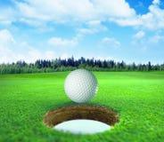 het 3D teruggeven, golfbal, stock fotografie