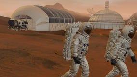 het 3d teruggeven Kolonie op Mars Twee Astronauten die Ruimtepak dragen die op de Oppervlakte van Mars lopen stock video